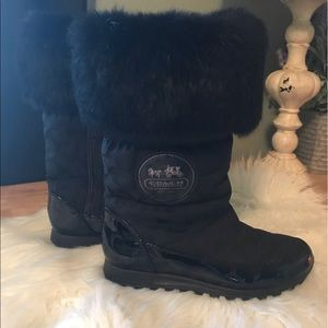 NWOT Coach fur trimmed snow boot